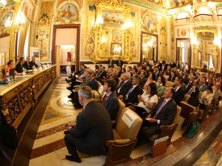 El puerto de Castellón presenta en la Cámara de Comercio de Madrid su potencial y oferta logística