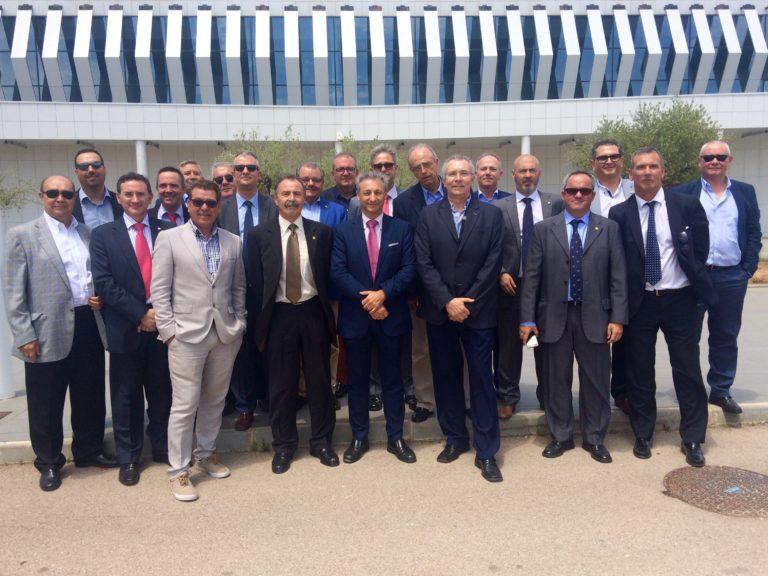 El Propeller Club Castellón visita el aeropuerto de Castellón