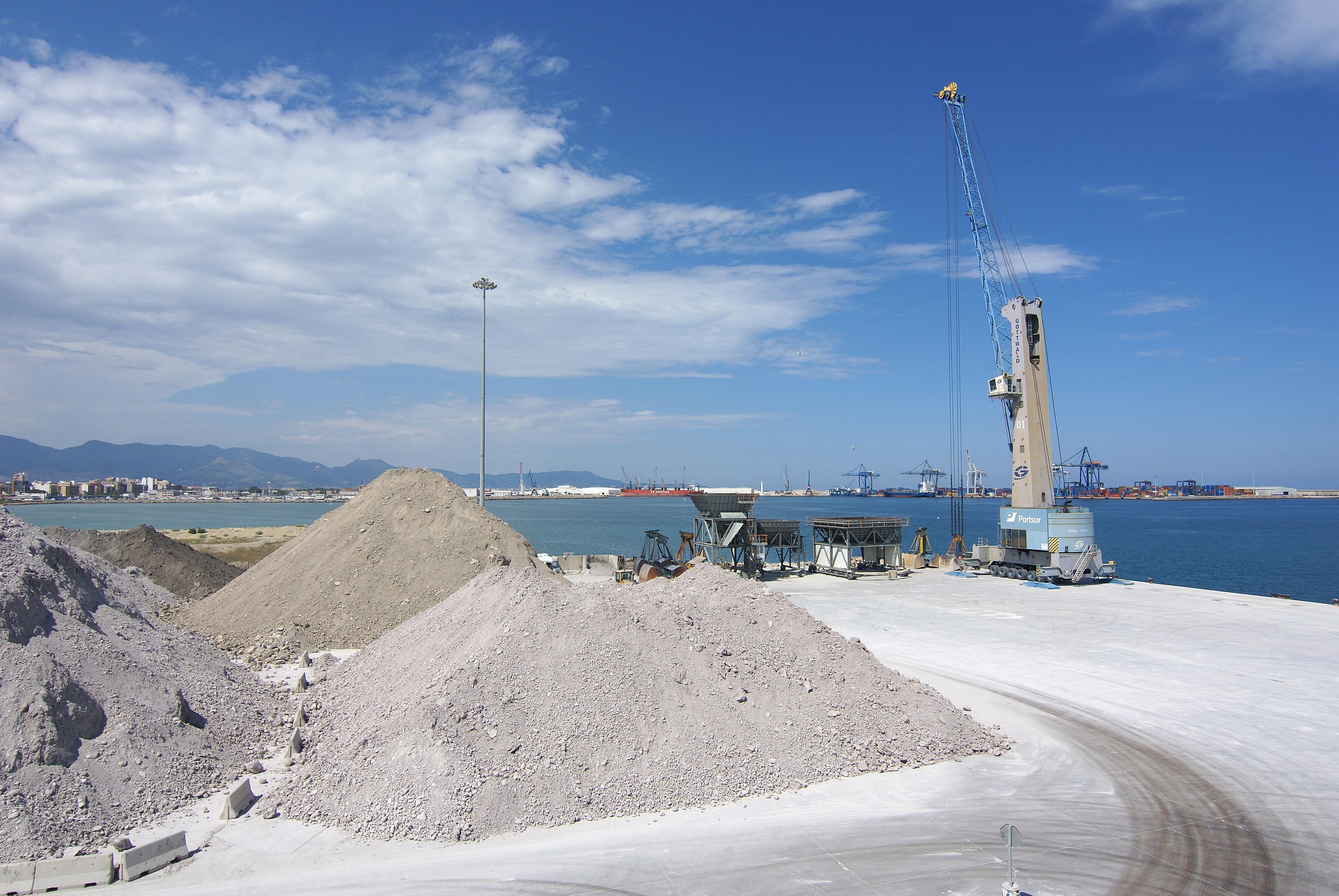 Graneles puerto de Castellón