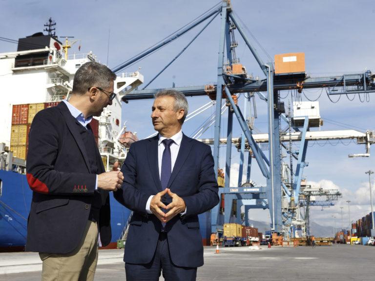 Arcadi España visita el puerto de Castellón
