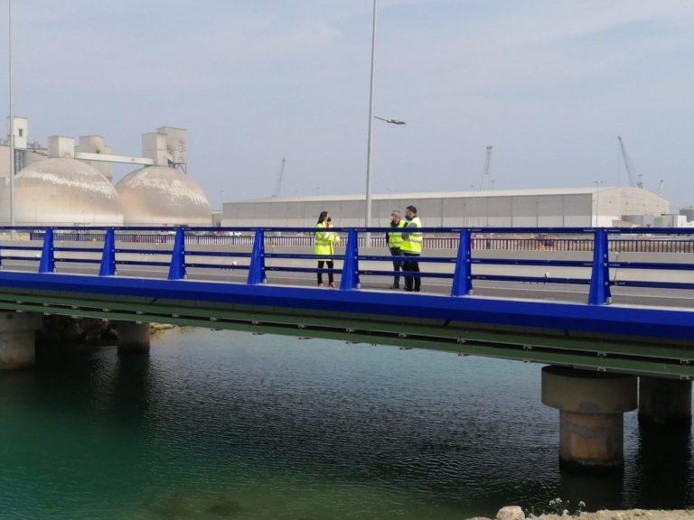 Puente sobre el canal de Iberdrola